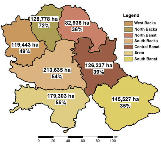 Areas (ha) and percentages per district of first two suitability zones for final LSMI.