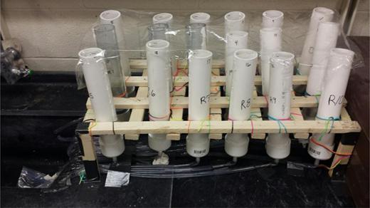 Flowrate testing apparatus.